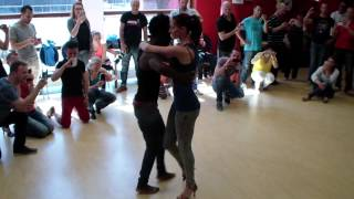 Repeat youtube video Limburg SBK Festival 2014 Saturday Doumb & Amandine Kizomba leading & following technique Intermedia