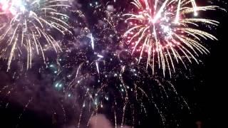 Праздничный салют Волгоград 9 мая 2013(На видео салют команды из города Королев. Всего было пять команд, по моему мнению, этот самый удачный и крас..., 2013-05-10T07:34:36.000Z)