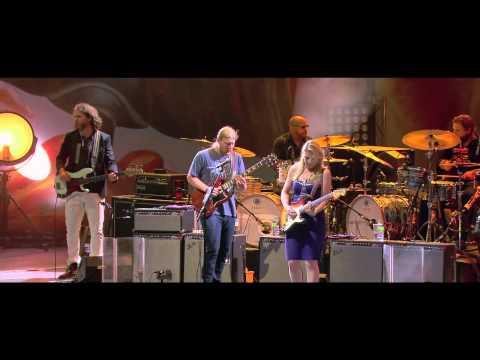 "Tedeschi Trucks Band - ""Made Up Mind"" Live in Vienne"