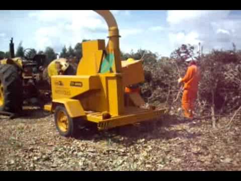 Nueva chipeadora trituradora de ramas youtube - Trituradora de ramas casera ...