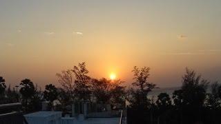 Timelapse закат с крыши отеля, остров Пхукет, Тайланд 1080p(Timelapse закат с крыши отеля, остров Пхукет, Тайланд Что интересно, вблизи экватора солнце заходит вертикально..., 2016-03-01T18:42:08.000Z)