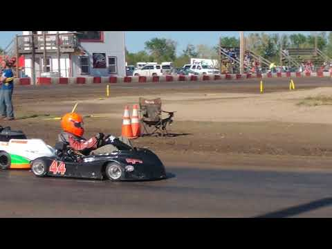 5.4.19 KC Raceway - Predator Maxxis Slicks - Heat 1