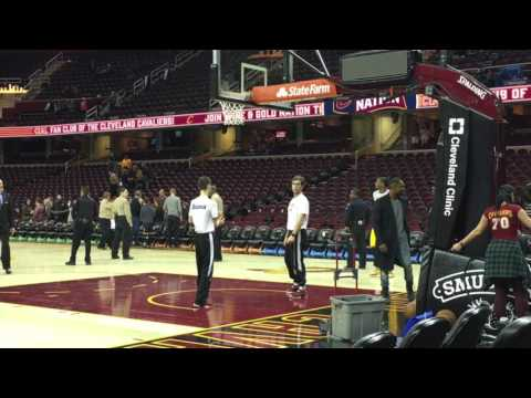Iman Shumpert hoists extra shots following Cavaliers' loss against the Hawks