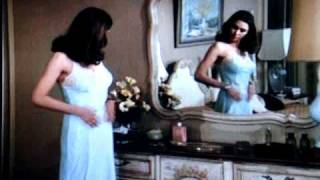 """ Nice Undress "" 1 / 1 : Victoria Principal - Dallas TV Show"
