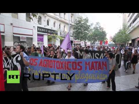 Chile: Thousands protest against TPP in Santiago