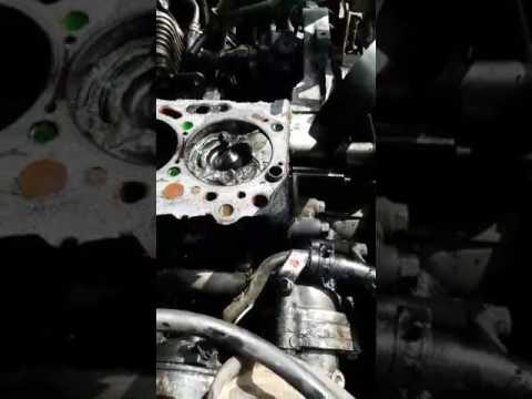 Mitsubishi L200 engine 4D56 (mechanical failure)