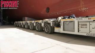 Perlu 3 hari menurunkan kapal pesiar besar berat bermega ton