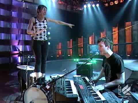 Matt and Kim performing Daylight, live on The Daily Habit