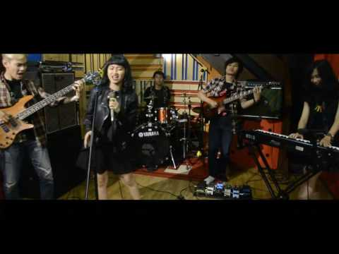 Takut cover Zeus Band