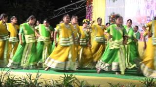 annual day 2015 16 dance performance by 7th 8th 9th class girls