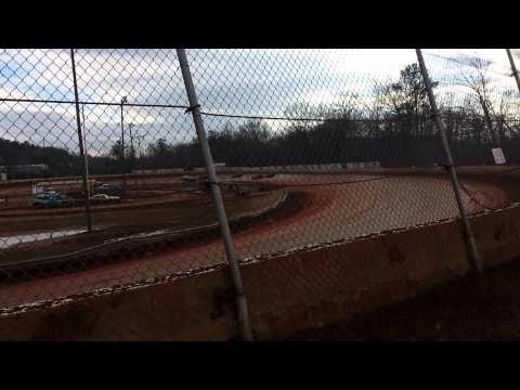 Brad Cross Heat Race at Boyds Speedway