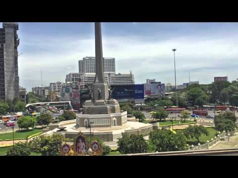 Bangkok: Riding the BTS Skytrain past Victory Monument