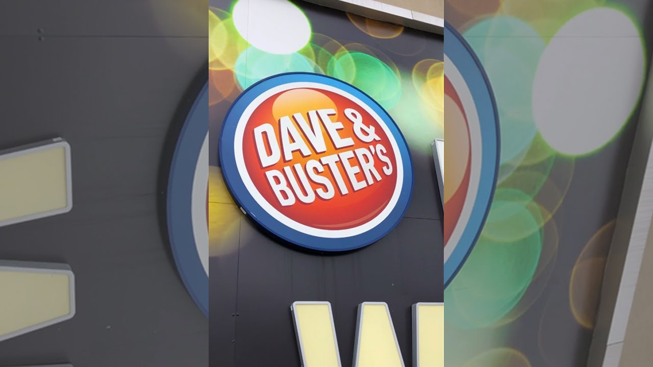 What can I win at Dave & Busters arcade??