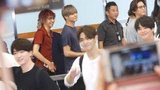 在松山機場,Hey!Say!JUMP來台灣舉辦演唱會.
