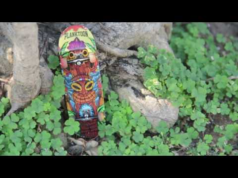 PLANKTOON FINGERBOARD SESSION WITH CANDRA