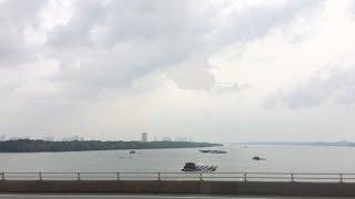 August 2018 - Korea, Han river. Amazing video showing giant UFO hid...