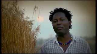 Lokua Kanza: Le Bonheur (Clip Officiel)