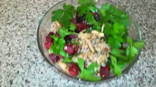 Теплый салат с гречкой и свеклой VEGAN