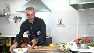 Вкусно: Салат из морепродуктов(, 2014-07-27T04:00:02.000Z)