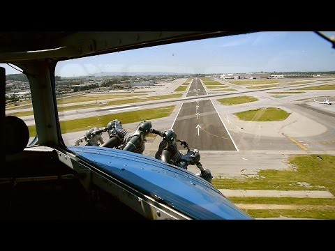 Ford Tri-Motor Cockpit Video - Takeoff/Landing At KLGB