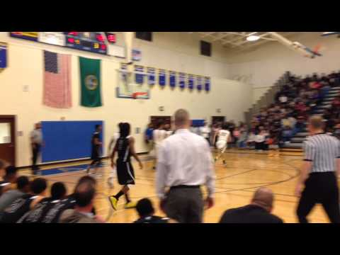 Lincoln beats Foss for Narrows top seed