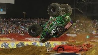 Best Of Monster Truck - Grave Digger, Bigfoot, Maximum Destruction, Batman