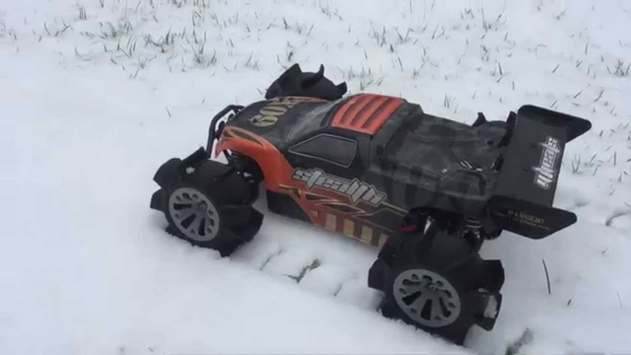 Great fun with the RC Truggy 3D printed snow tires - YouTube