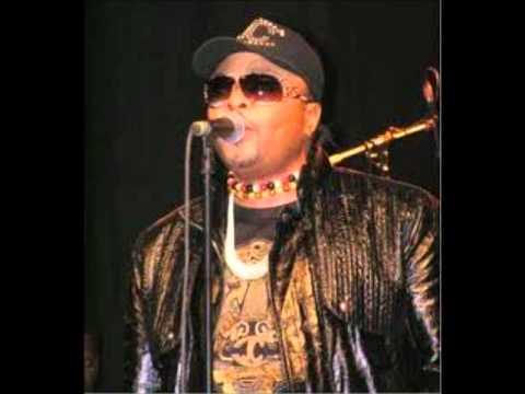 JB Mpiana Wengue BCBG, La rose verte (julie) concert live