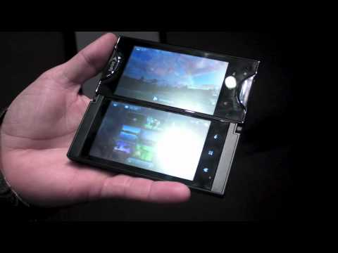 Hands-On with the Kyocera Echo dual-screen smart phone