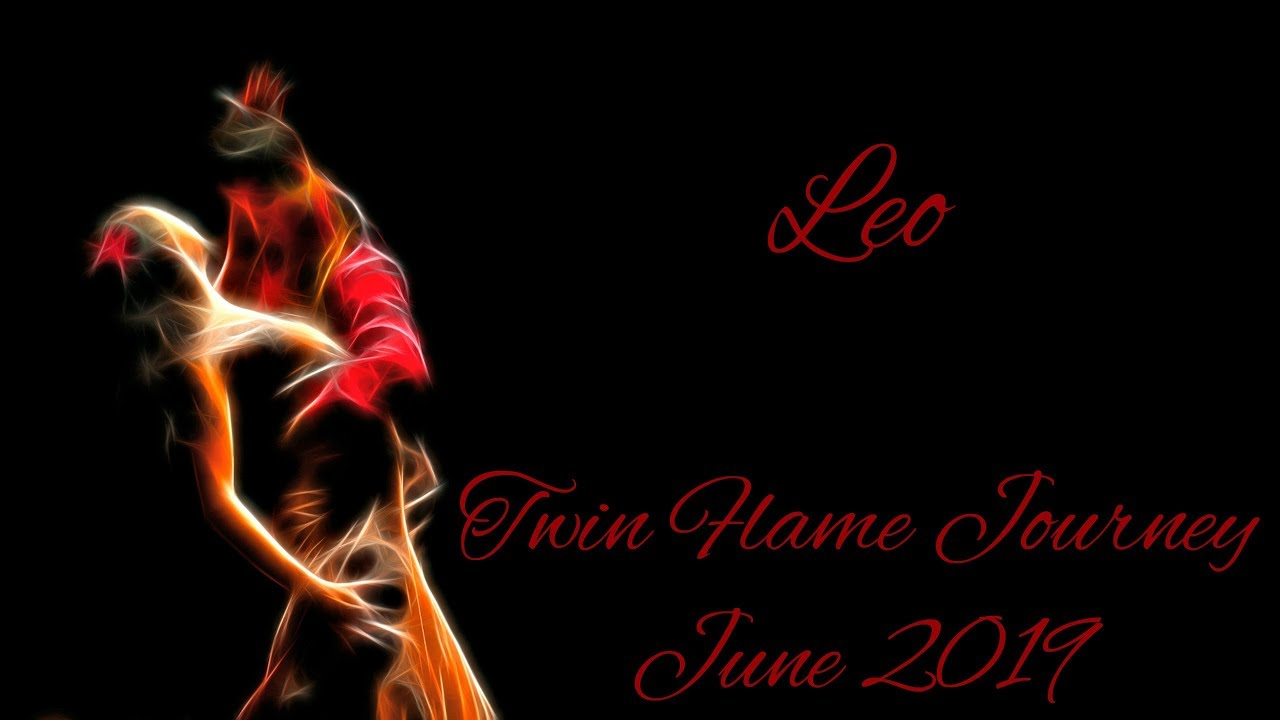 Leo - Spying on each other! - Twin Flame Journey June 2019