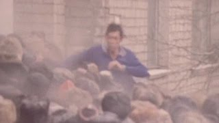Водка закончилась! Алкаши штурмуют магазин (1991 г...