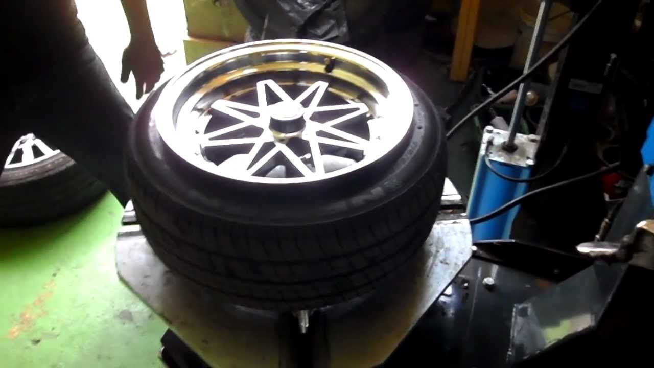 Remove Tire From Rim >> Stretch a tire 175/50/15 on 8JJ - YouTube