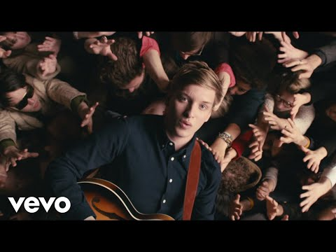 Video - George Ezra - Budapest (Official Video)