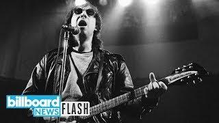 Smithereens Frontman Pat DiNizio Dies at 62 | Billboard News Flash