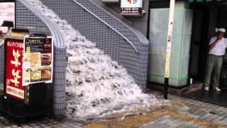 ゲリラ豪雨 JR田端駅前 thumbnail