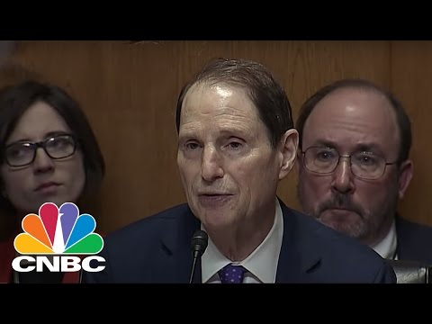 Sen. Ron Wyden Grills Rep. Tom Price Over Stock Holdings | CNBC