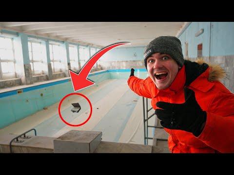Мы отправились в закрытый бассейн на заводе, чтобы найти сокровища!