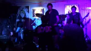 Traumatica - For whom the bell tolls/Disposable Heroes (Tributo Metallica Chile)Full band live cover