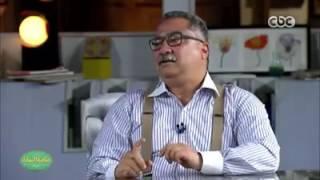 فيديو.. إبراهيم عيسى: أولادي بيشعروا بالفضيحة والعار لما أتكلم انجليزي