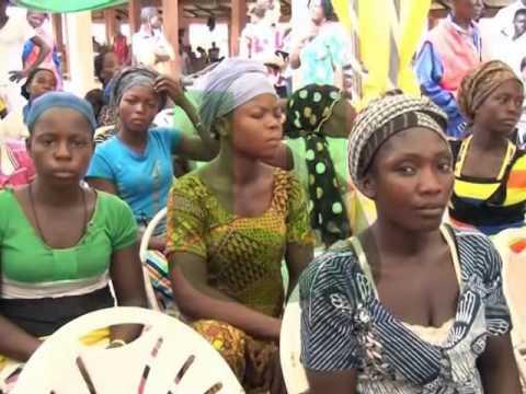 500 Kayayeis In Kumasi Sensitize On Teenage Pregnancy