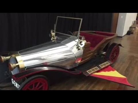 Replica 'Chitty Chitty Bang Bag' car stolen from costume store