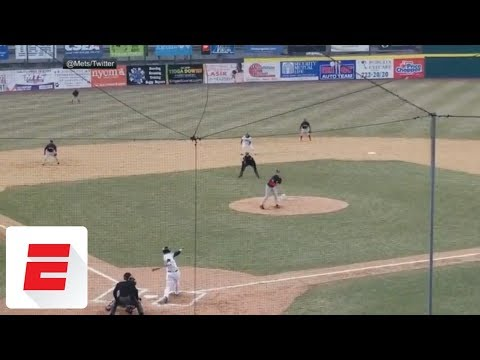 Tim Tebow homers on first Double-A pitch   ESPN