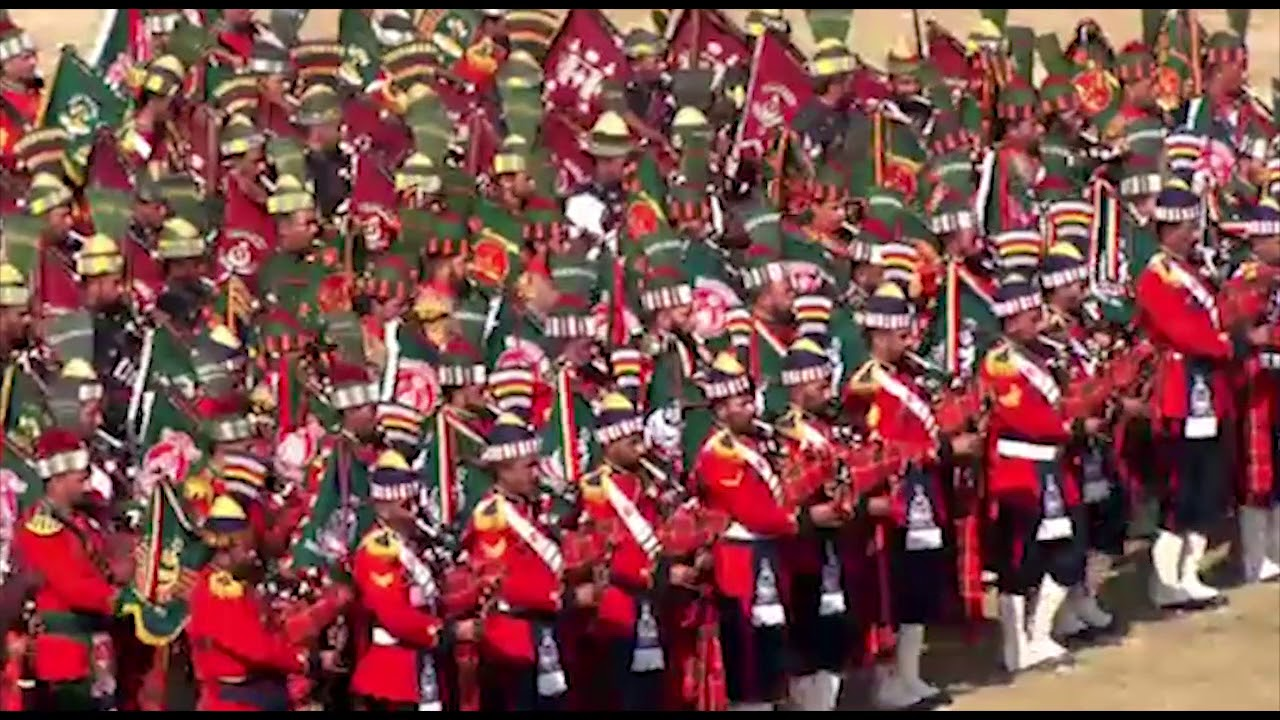 COAS visited Lahore & witnessed Army Band Competition 2017