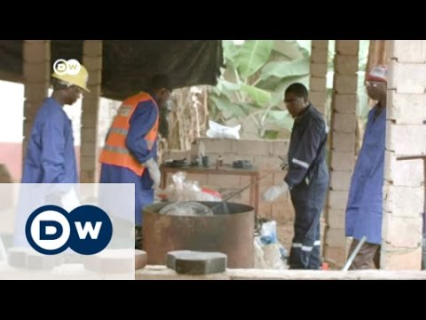 Download Cameroon: Cobblestones from plastic bags   Africa on the Move