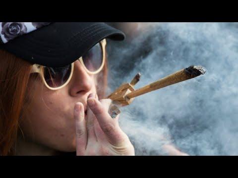 Legal sale of marijuana begins in Canada