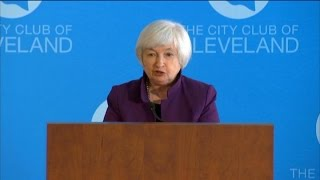 Fed's Yellen Maintains Outlook for Rate Hike in 2015
