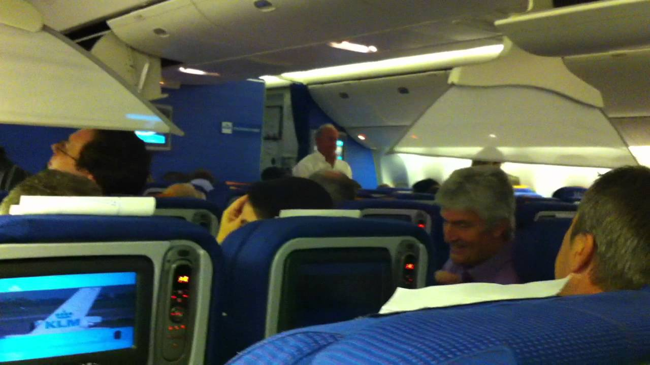 Inside Boeing 777 300 Klm Youtube
