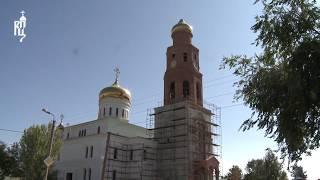 Скачать Святейший Патриарх Кирилл посетил строящийся Троицкий храм в Астрахани