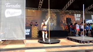 ALESSANDRA TELLES NA W RUN COM POLE DANCE FITNESS