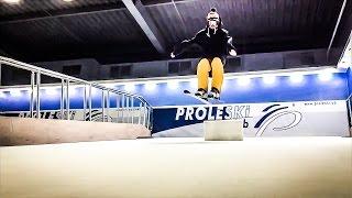 Indoor skiing on the Endless slopes - ski simulator